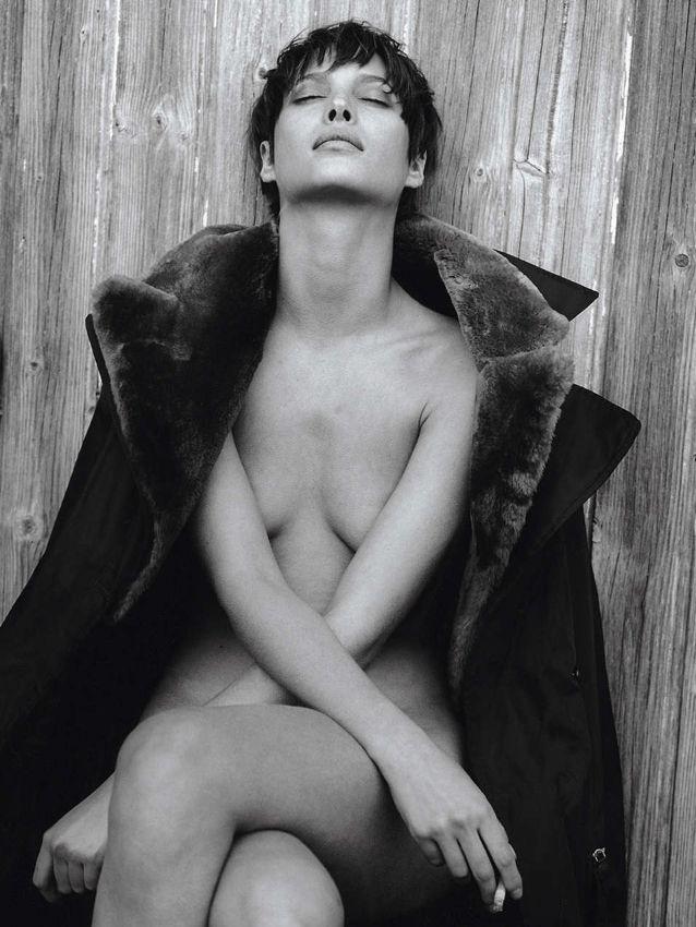 ☆ Christy Turlington | Photography by Peter Lindbergh | For Prada Campaign | Fall 1993 ☆ #Christy_Turlington #Peter_Lindbergh #Prada #1993