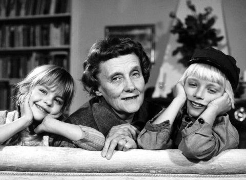 Ida & Emil together with the author Astrid Lindgren