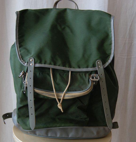 Grüner Rucksack von Kamarg von mamafrieda auf DaWanda.com