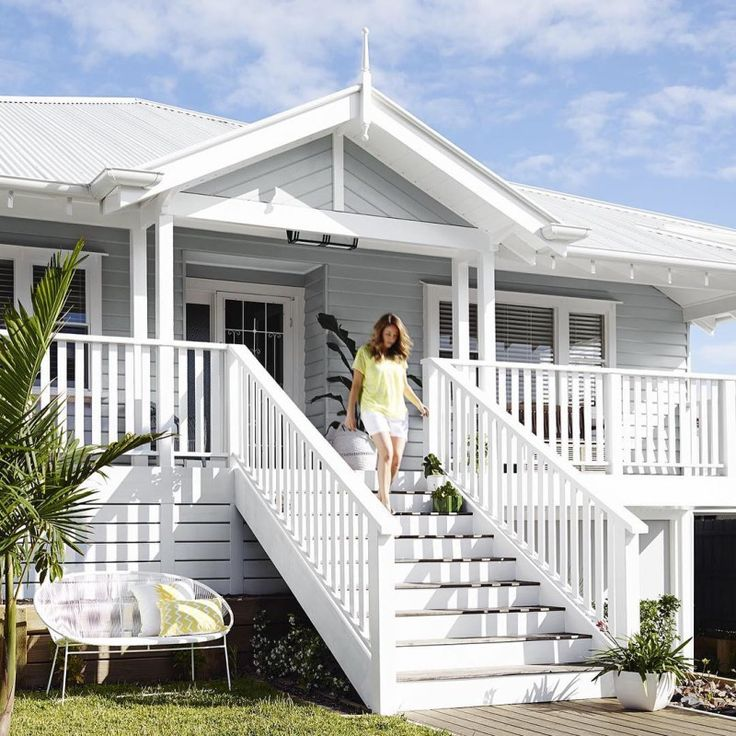 10 weatherboard house colours - Katrina Chambers