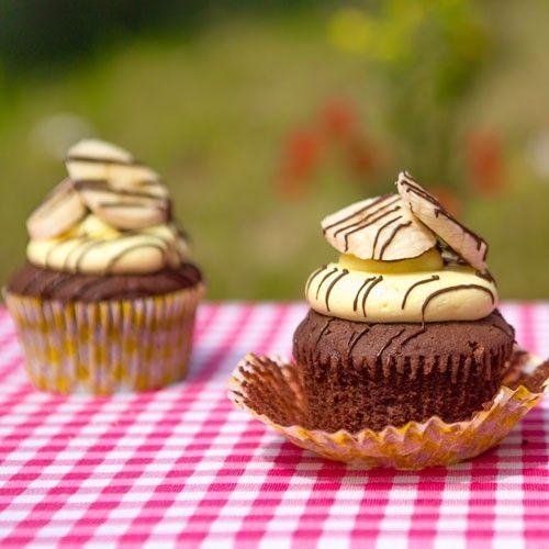 Recept: Banana royale split cupcakes - Cupcakes - Recepten  | Deleukstetaartenshop.nl