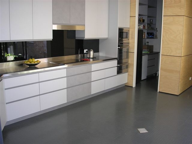 Dalsouple Natural Rubber Tiles In Gris Anthracite, Pastille Alpha, Kitchen  In Willoughby, Sydney