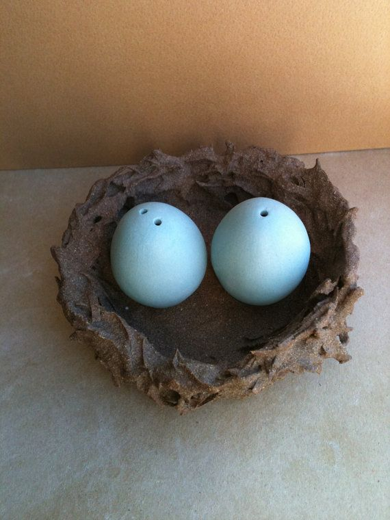 Salt & Pepper Shakers: Salts Peppers Shakers, Shakers Collection, Eggs Shakers, Ceramics Salts Shakers, Robins Eggs, Shakers Eggs, Nests, Awesome Etsy, Clay Salts And Peppers Shakers