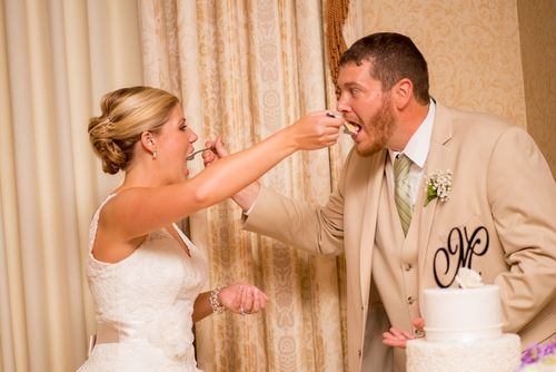 "10 Ways Not to Be ""Hangry"" on Your Wedding Day - @jezebellee I'm going to need a snack food handler"