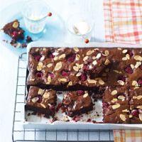 Easy raspberry brownies!