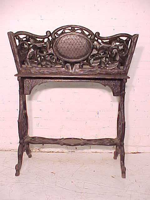 Black Forest Planter Rustic Carved Base Brienz Table