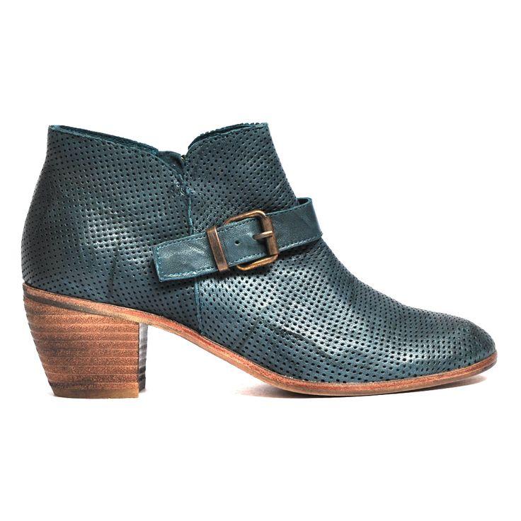 Micas by Mollini #boot #boots #style #fashion #mollini #cinori