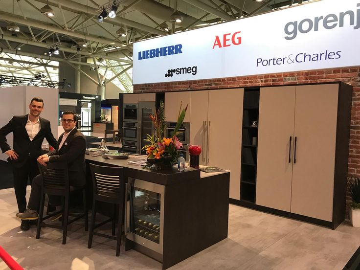 We had a blast at the Toronto Interior Design Show this past weekend. Thank you so much to everyone who came by to visit us, the Interior Design Show, our amazing team, our President Mark Eglington and our friends at SMEG USA, Liebherr Appliances, Gorenje, AEG Global, Kompakt, Porter & Charles and Bauformat. See you again next year 😊