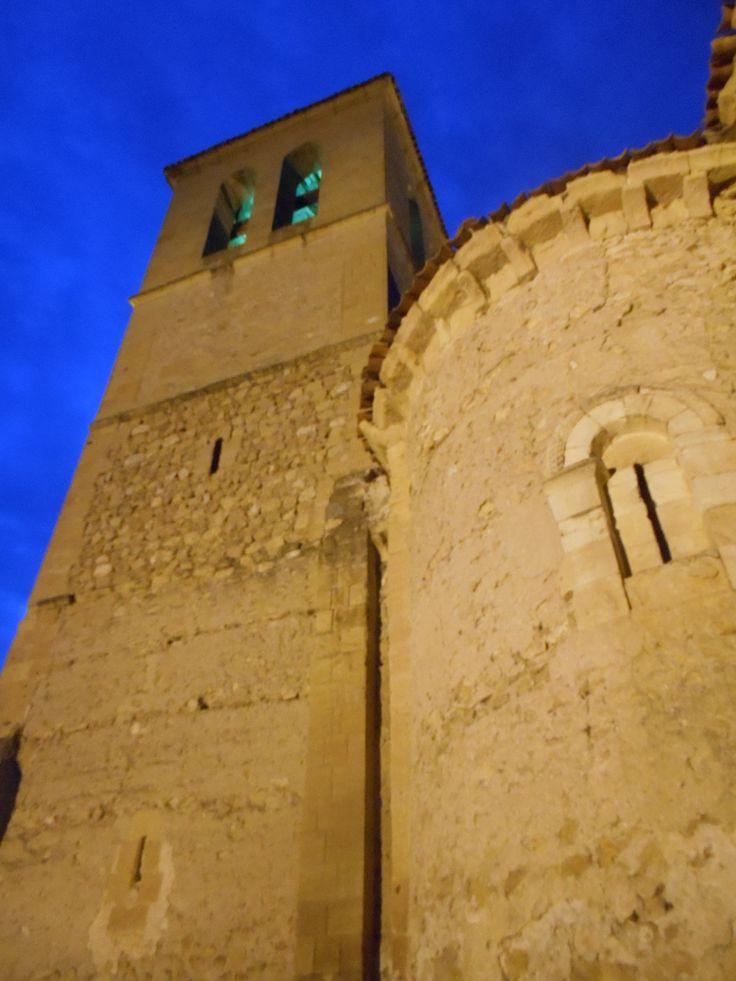 Torre y ábside