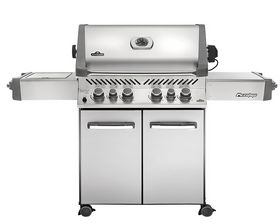 Buy this Napoleon Grills Prestige 500 Natural Gas Grill with deep discounted price online today.