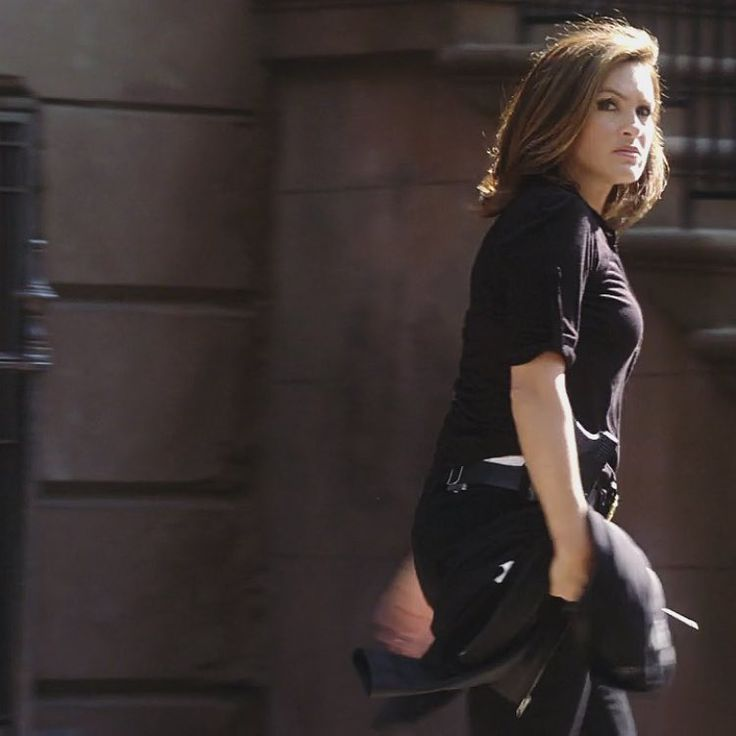 who is olivia benson dating on svu 2013