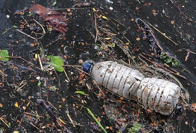 Mikroműanyag a vízben