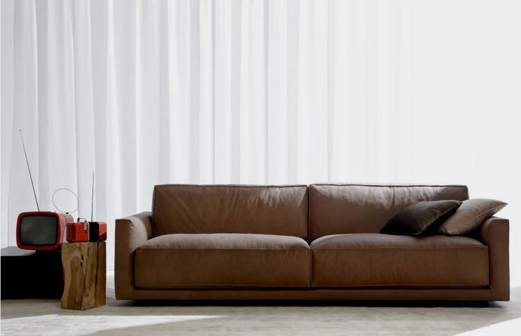 BERTO SALOTTI | That's Craft!  Berto Salotti is an handcrafted italian brand specialized in the production of tailored sofas for living and night areas.  http://www.bertosalotti.it