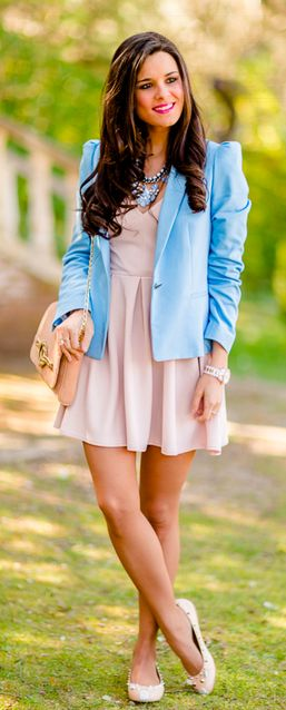 Tonos pastel Crimenes de la Moda - soft colors look - chaqueta azul celeste Zara light blue blazer - vestido rosa palo TFNC London pink dress - bolso Menbur bag - collar Stradivarius necklace - bailarinas mouse Marc by Marc Jacobs flats