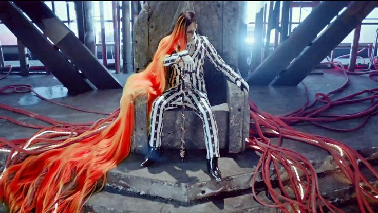 17 Of The Weirdest Outfits From Korean Music Videos
