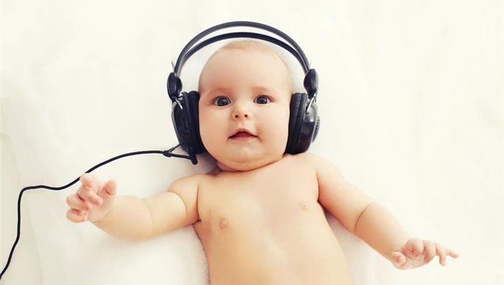 A harmonikus zene (és a komolyzene különösen) ellazít és most a kutatók bebizonyították, hogy a klasszikus zene segíti a baba intelligenciájának fejlődését is.