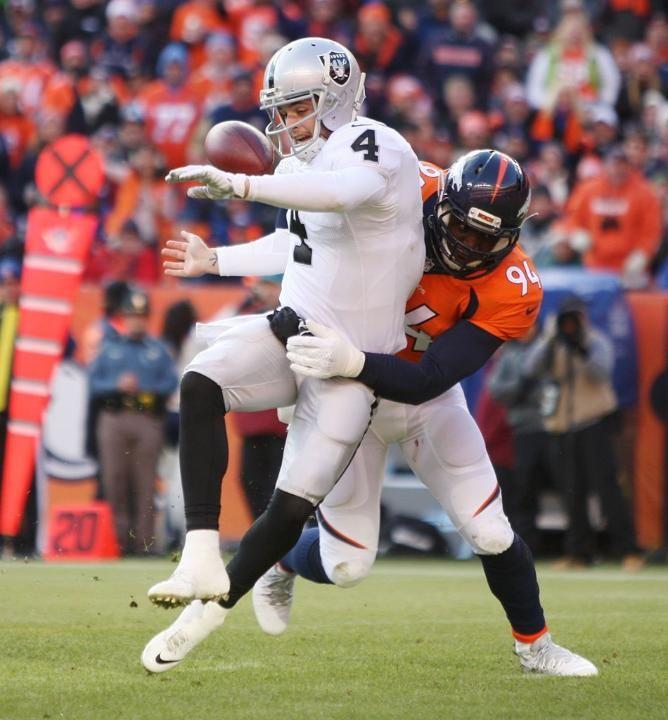 DeMarcus Ware - Broncos vs Raiders (12/28/14)