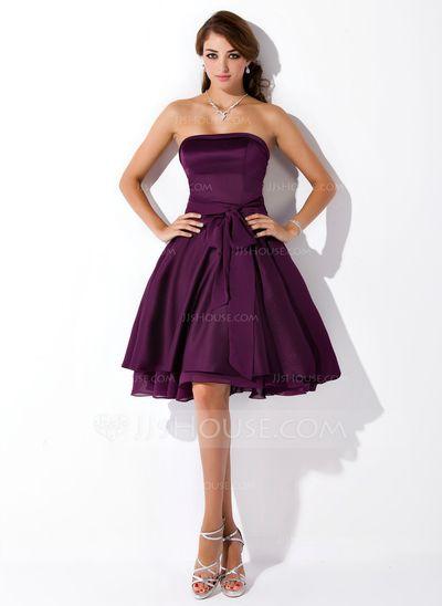 A-Line/Princess Strapless Knee-Length Chiffon Satin Chiffon Bridesmaid Dress With Ruffle Bow(s) (007051876)