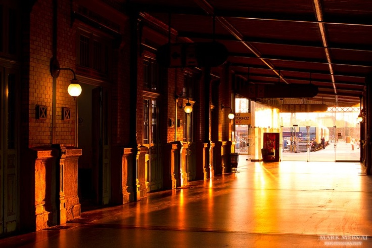 Budapest, at the hall of the Western Railway Station.