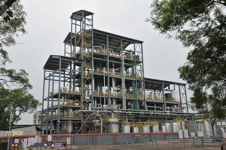 """Godavari Biorefineries Limited, a member of the Somaiya Group, inaugurated its new MPO plant with a capacity of 4,000 tons per annum, at Sakarwadi in Maharashtra. Samir Somaiya, Chairman and Managing Director says, """"The new unit will allow us to offer customised chemicals and solutions for the global markets. It is part of our strategy to meet the growing demand for chemicals manufactured from renewable feedstocks using sustainable practices"""""""