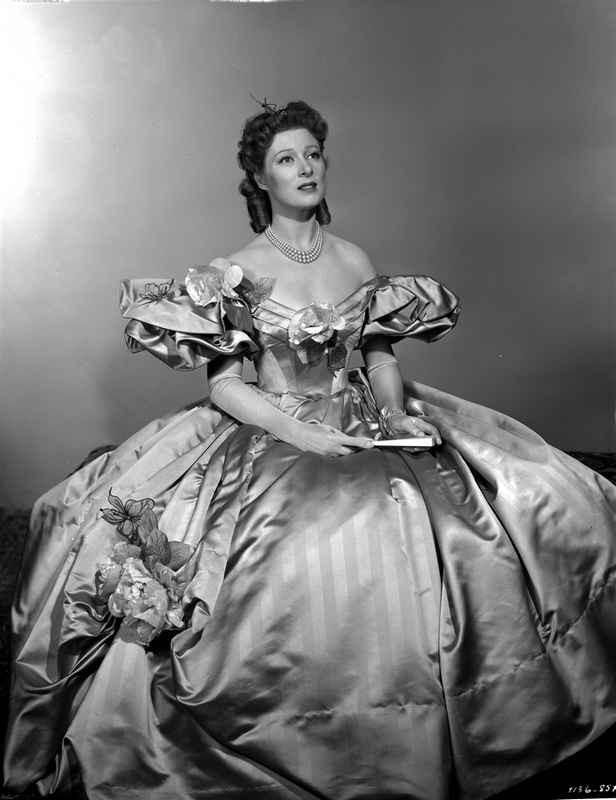 Greer Garson on a Silk Ball Gown sitting High Quality Photo – Movie Star News