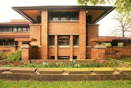 Martin Complex, Buffalo, NY We are fans of Frank Lloyd Wright houses.  This is a gem that was almost lost.  Part of the house has been rebuilt after being torn to to put up apartments.  Great architecture is worth saving.