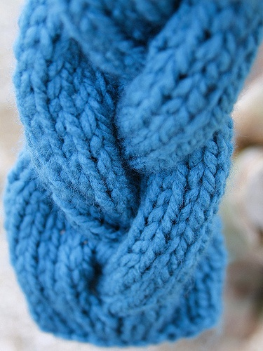Chunky Braided Cable Infinity Scarf pattern by MaryAnn Designs