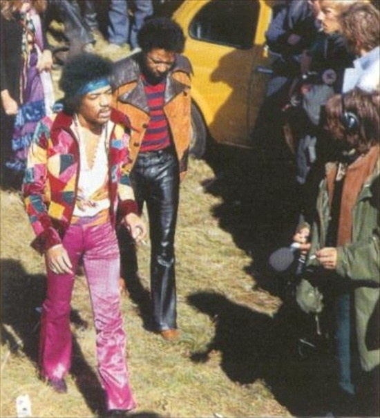 Jimi Hendrix walking to the stage for his last concert, with Billy Cox (Sept. 6, 1970)