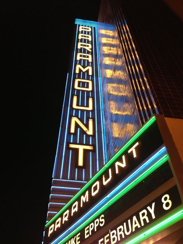 Neon dreams: 16 old movie theater marquees around the Bay Area - Curbed SF