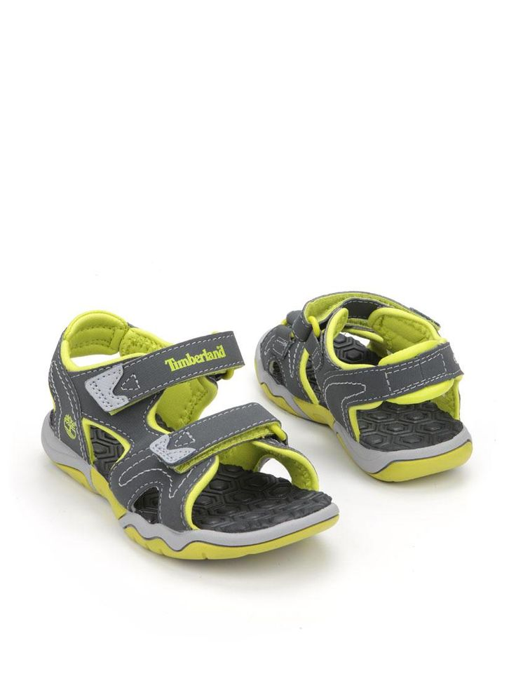 Timberland sandaal  Description: Stoere grijze Timberland sandalen met lime groene details. De schoenen zijn gemaakt van textiel en voorzien van een dubbele klittenband sluiting.  Price: 27.99  Meer informatie