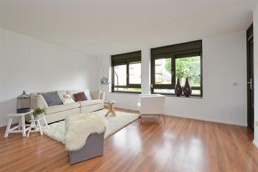 Interieur impressie van te koop staande woning aan de Laan van de Heelmeesters 85 in Hilversum (€ 159.500 k.k., Ruim en licht 3- kamer parterre appartement dicht bij het centrum van Hilversum)