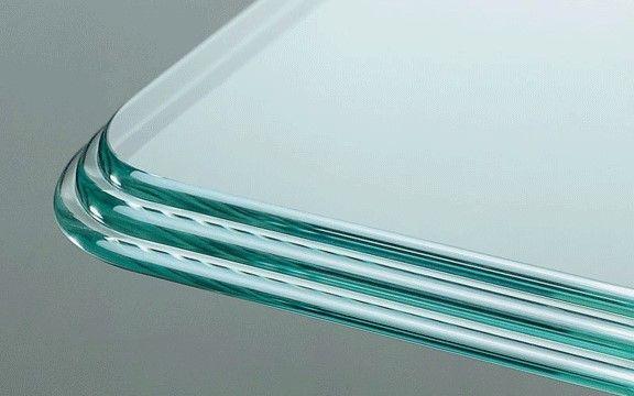 Los rayones en las superficies u objetos de vidrio son muy comunes y pueden quitarle toda la estética a la pieza. Por eso aquí le dejamos algunas alternativas sencillas para disimularlos o quitarlos.