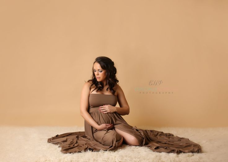 Www especiallynewbornphotography com maternity gown from roses and ruffles maternity gownsmaternity photosmaternity photographystudio ideasmaternity