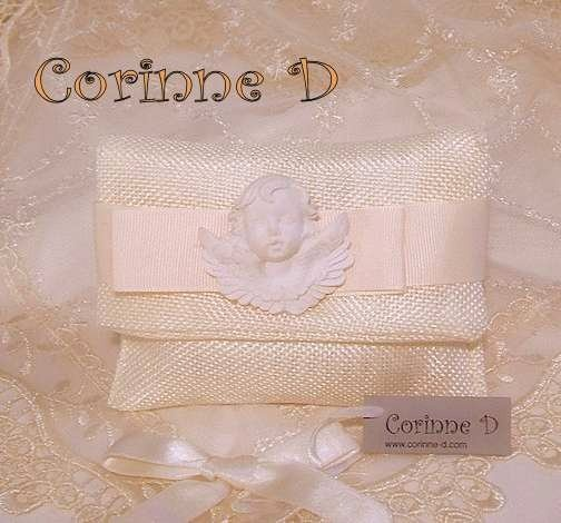 Bustina in lino con angelo in gesso profumato. Corinne D