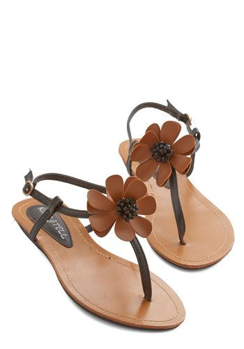 flower sandals - too cute!!