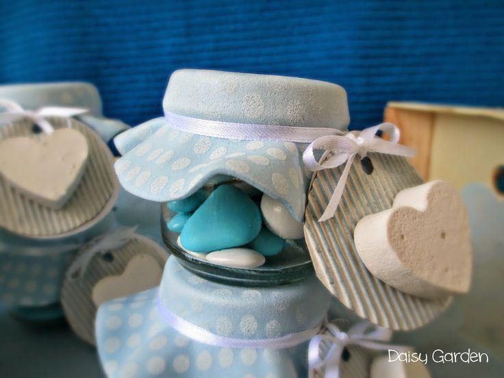 Un'idea carina, completa di Tutorial, per fare delle originali bomboniere per battesimo riciclando il barattoli degli omogeneizzati.