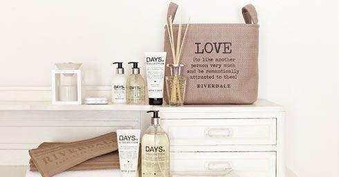 Interieur | Accessoires en styling inspiratie voor de badkamer • Stijlvol Styling - Woonblog •Stijlvol Styling – Woonblog