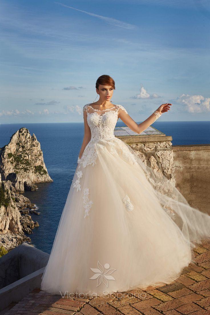 VERONICA #wedding, #weddingdress, #nefelejcsruhaszalon, #esküvőiruha,#esküvő, #menyasszonyiruha,#menyasszony
