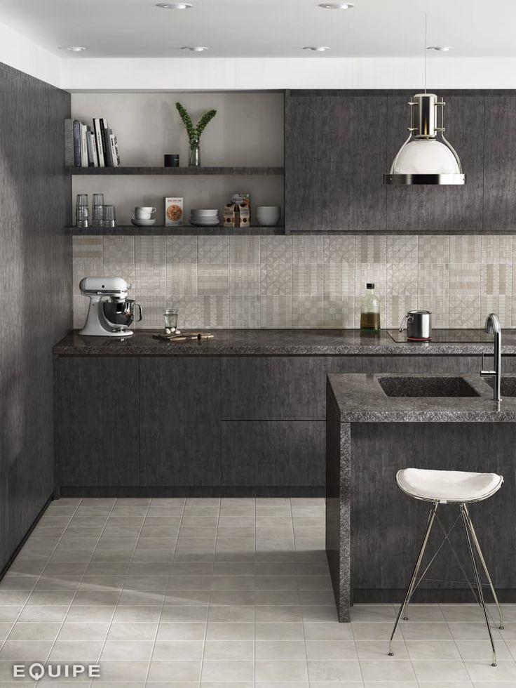 Busca imágenes de Cocinas de estilo industrial: Urban. Encuentra las mejores fotos para inspirarte y crea tu hogar perfecto.