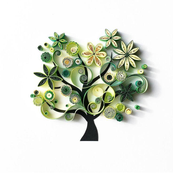 """By Olga Yaroslavtseva instagram (@quilledbyolia): """"Вот такое зеленое дерево Жизни, дерево Счастья, дерево Семьи поселится в доме у чудесной Маши…"""""""