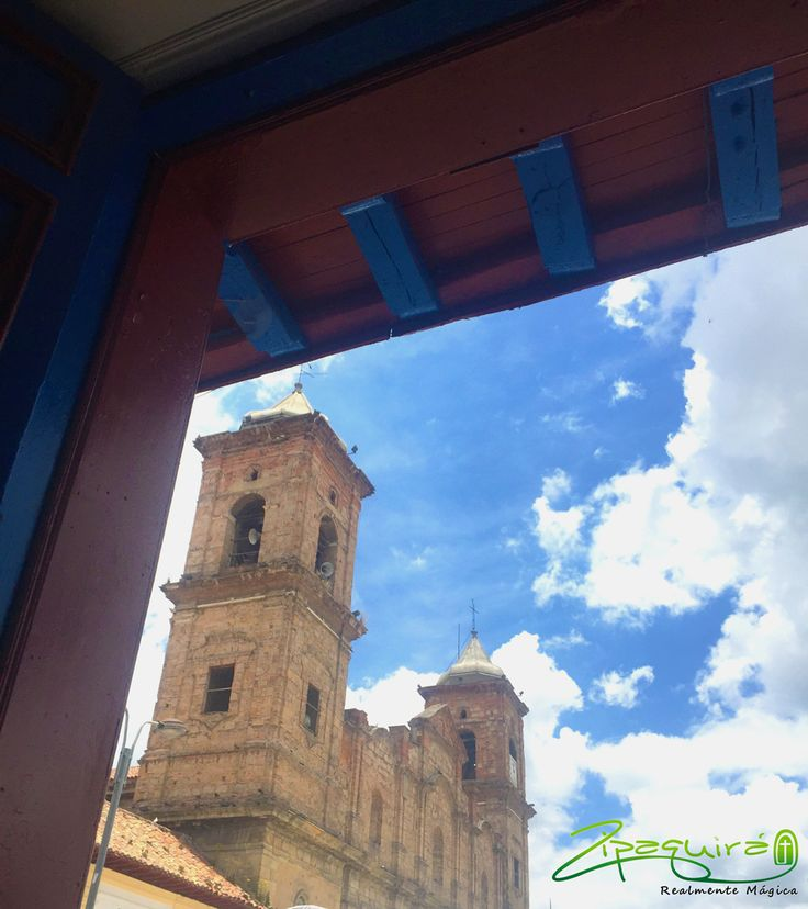 A 48Km de #Bogotá encontraras #Zipaquirá una ciudad que tiene mucho que mostrar. Visítanos, conócenos y enamórate, es Realmente Mágica. #Colombia #Zipaquiráturistica #larespuestaesCOlombia