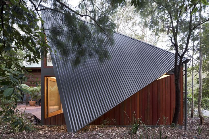 fearns studio expands folded south durras house in australia - designboom | architecture & design magazine