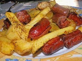 Unique flavors: Λουκάνικα Με Πατάτες, Μήλο Και Πιπεριές