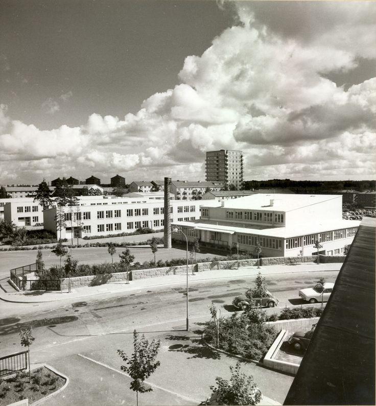 Kv Branddörren Högdalens Skola Uppfört 1957 60 Hustyp