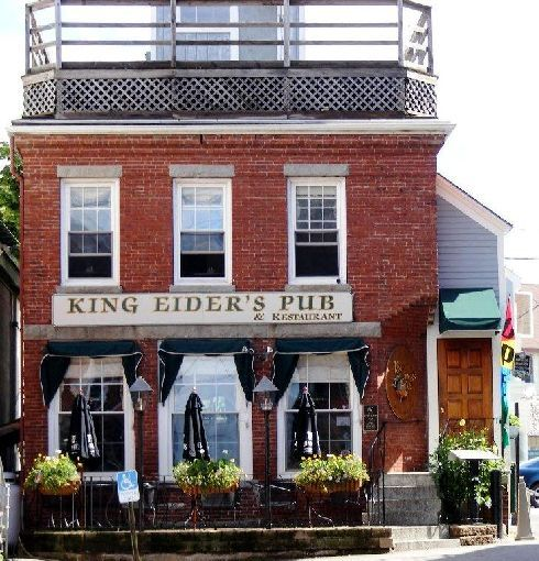 king eider s pub in damariscotta maine the king s bar is inviting and ...