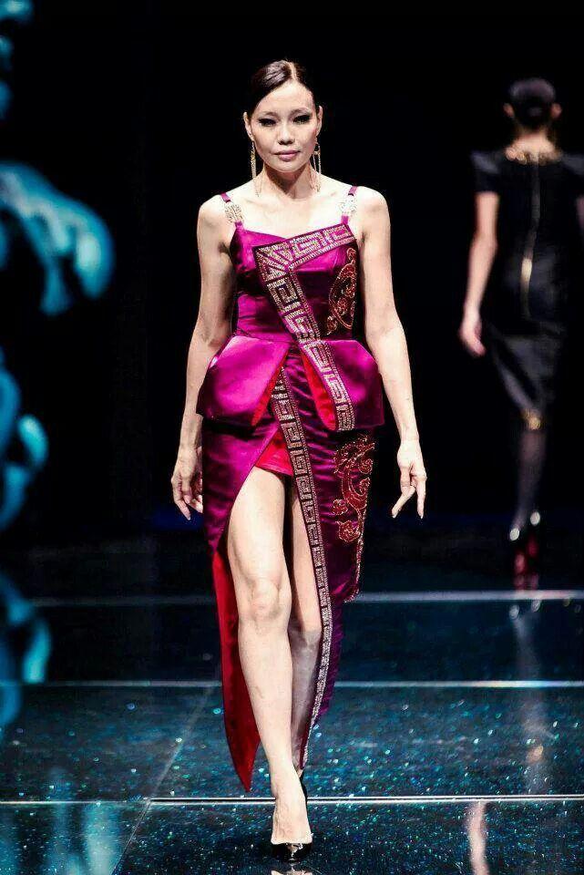 Top model Odgerel in Mongolian fashion costume | Mongolian ...