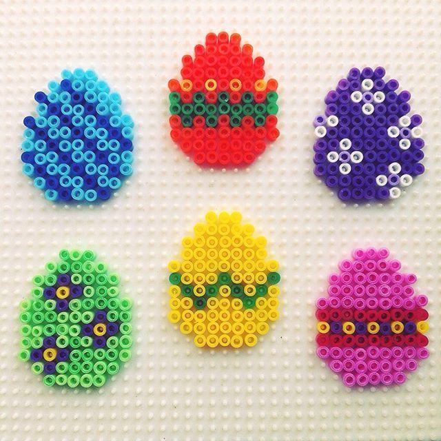 Easter eggs hama mini beads by hadavedre