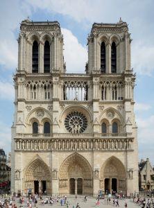 Cathédrale Notre-Dame de Paris, début des travaux 1163 - fin des travaux 1345, Paris en Ile-de-France