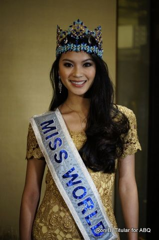 Miss World 2012 winner Yu Wenxia