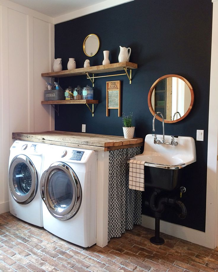 Navy And White Board Batten Living Room Design: Modern Farmhouse Laundry Room. Navy Blue Wall. Board And